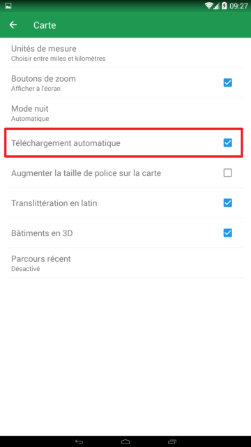 Capture d'écran de l'application Maps.me : paramètre téléchargement automatique des cartes.